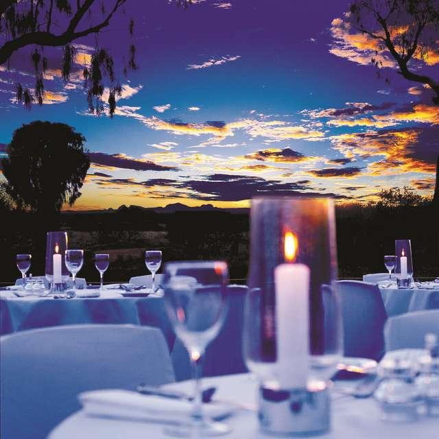 Cena en el Centro Rojo - Viaje de Lujo Australia